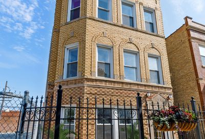 3944 West Wrightwood Avenue Chicago IL 60647