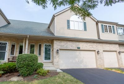 613 Charlemagne Circle Roselle IL 60172