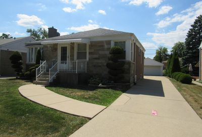 1806 Hull Avenue Westchester IL 60154