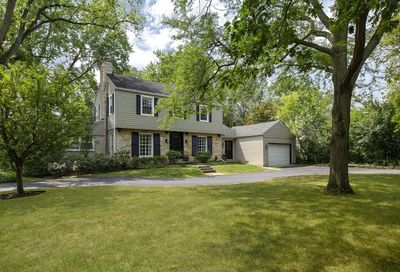 350 Lagoon Drive Northfield IL 60093