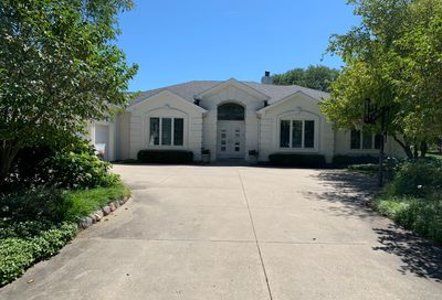 1860 Waterford Court Highland Park IL 60035