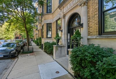 1705 North Crilly Court Chicago IL 60614