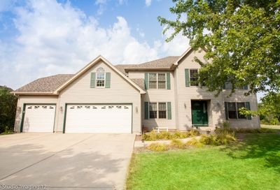 2 Pheasant Chase Court Bolingbrook IL 60490