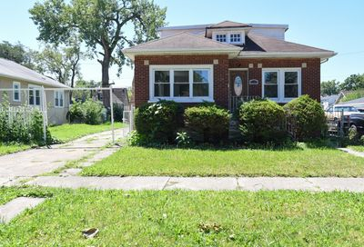 1221 West 111th Place Chicago IL 60643