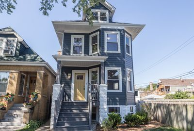 4316 West Henderson Street Chicago IL 60641