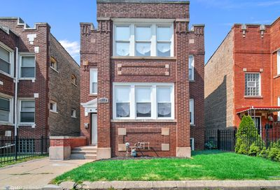 8118 South Loomis Boulevard Chicago IL 60620