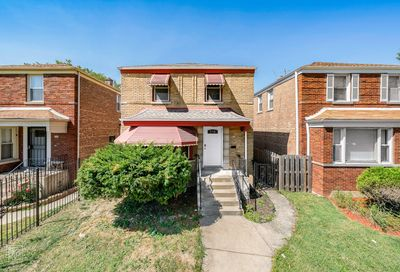 8954 South Justine Street Chicago IL 60620
