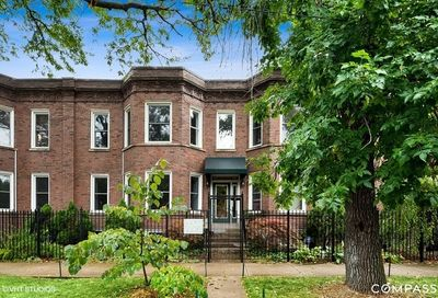 2442 North Linden Place Chicago IL 60647