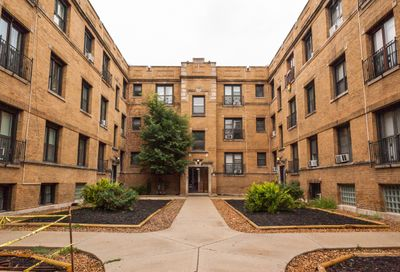 730 West Roscoe Street Chicago IL 60657