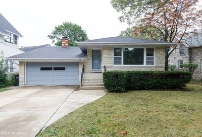 175 Barrypoint Road Riverside IL 60546