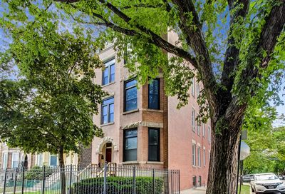822 North Rockwell Street Chicago IL 60622