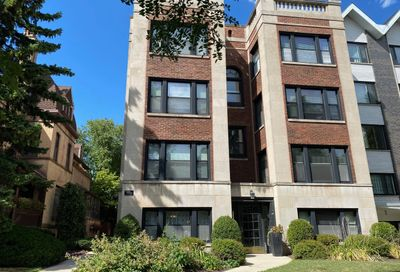 556 West Deming Place Chicago IL 60614