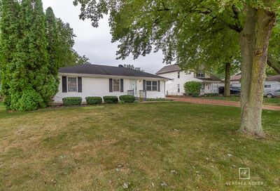 1655 Hilda Drive Lake Holiday IL 60548