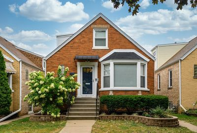 2245 Keystone Avenue North Riverside IL 60546