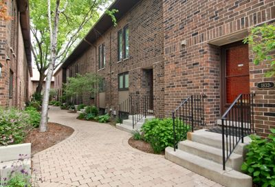 1832 North Larrabee Street Chicago IL 60614