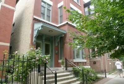 2121 West Schiller Street Chicago IL 60622
