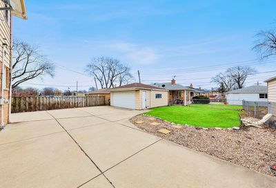 7745 West Dempster Street Niles IL 60714