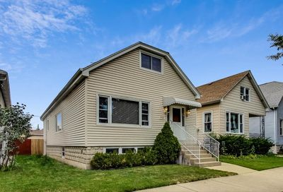 5944 West Giddings Street Chicago IL 60630