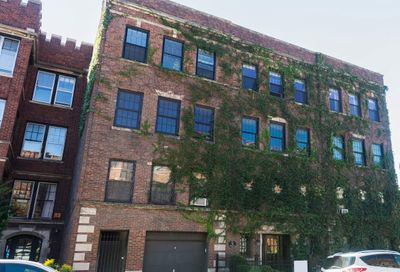 559 West Roscoe Street Chicago IL 60657