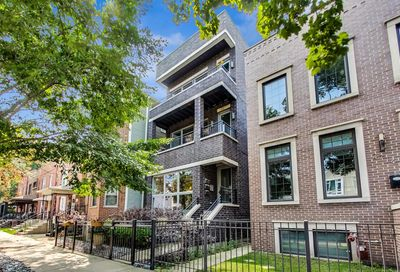 2712 North Artesian Avenue Chicago IL 60647