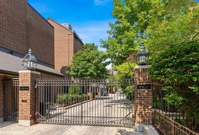 1338 North Sutton Place Chicago IL 60610