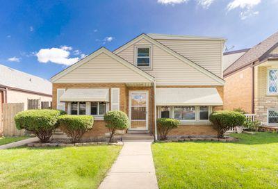 5621 South Mayfield Avenue Chicago IL 60638