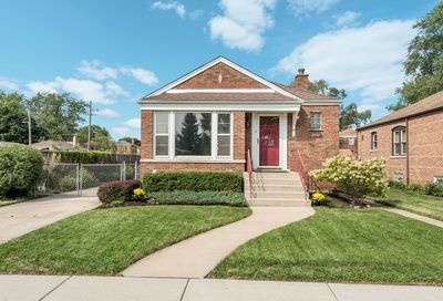 2556 West 105th Street Chicago IL 60655