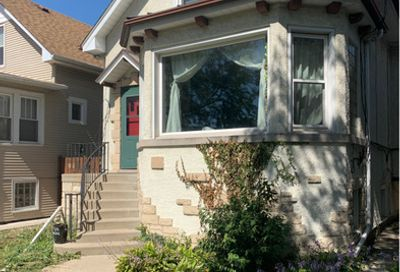 5106 West Grace Street Chicago IL 60641