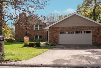 1946 Fays Lane Sugar Grove IL 60554