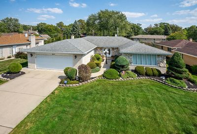 9213 South 83rd Court Hickory Hills IL 60457