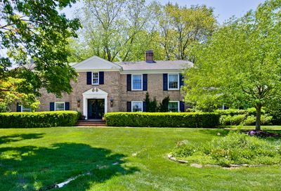14 Forest Hills Road Lake Bluff IL 60044