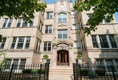 826 West Sunnyside Avenue Chicago IL 60640