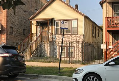 1840 North Mozart Street Chicago IL 60647
