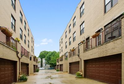 1748 North Campbell Avenue Chicago IL 60647
