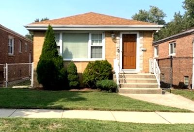 3062 East 97th Street Chicago IL 60617