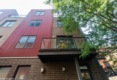 648 West 16th Street Chicago IL 60616