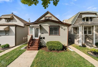 5422 West Warwick Avenue Chicago IL 60641