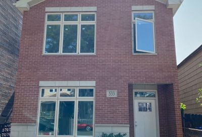 533 West 46th Place Chicago IL 60609