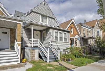 2216 West Foster Avenue Chicago IL 60625