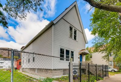 4252 South Wells Street Chicago IL 60609
