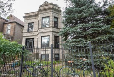 2718 North Mozart Street Chicago IL 60647