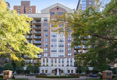 55 West Delaware Place Chicago IL 60610
