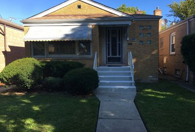 3512 West 77th Street Chicago IL 60652