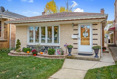 5817 West 63rd Place Chicago IL 60638