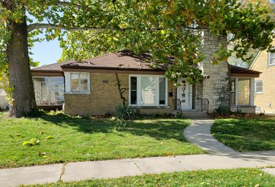 2542 South 6th Avenue North Riverside IL 60546