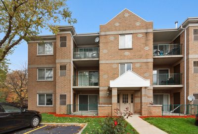 5357 North East River Road Chicago IL 60656