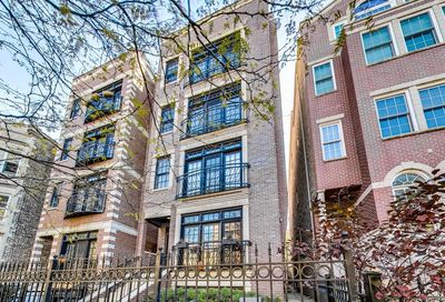 907 West Roscoe Street Chicago IL 60657