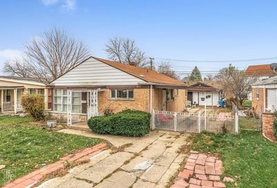 4717 West 83rd Street Chicago IL 60652