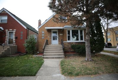 2958 North Marmora Avenue Chicago IL 60634