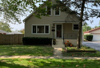 234 South Hudson Street Westmont IL 60559
